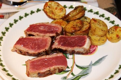 Fiorentina fileteada con patatas al horno